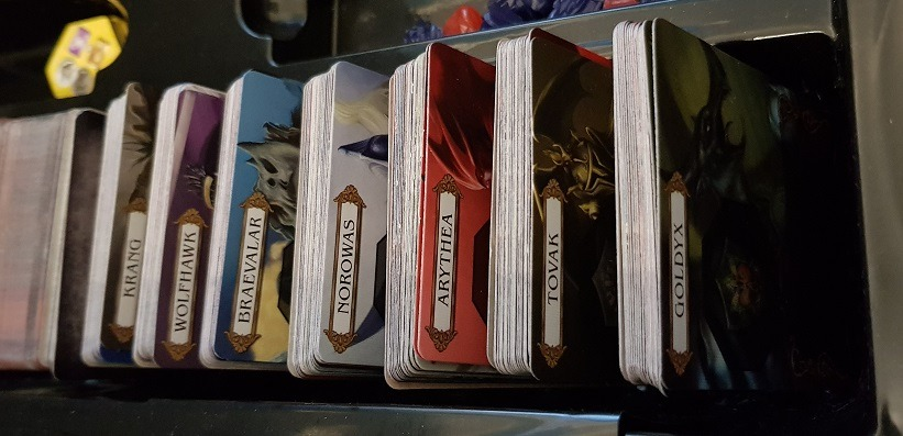 organizing mage knight ultimate edition character decks